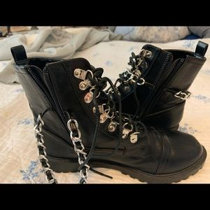 Black combat boots with chain